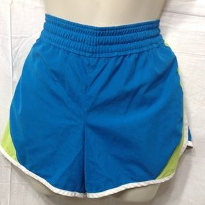 Women's size Medium NIKE sportswear shorts